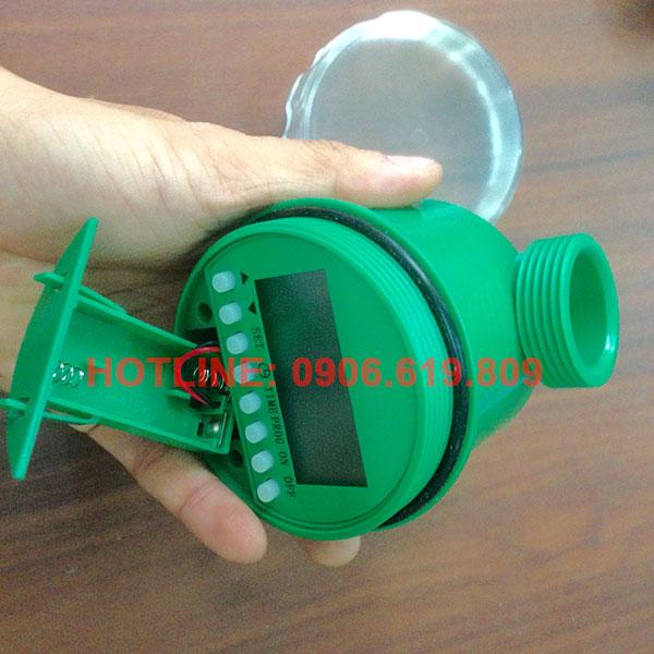 Van khóa nước hẹn giờ tự động chạy bằng pin